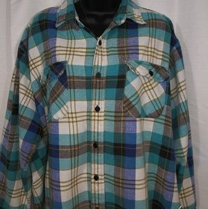 Timber Trail extra thick blue plaid flannel top